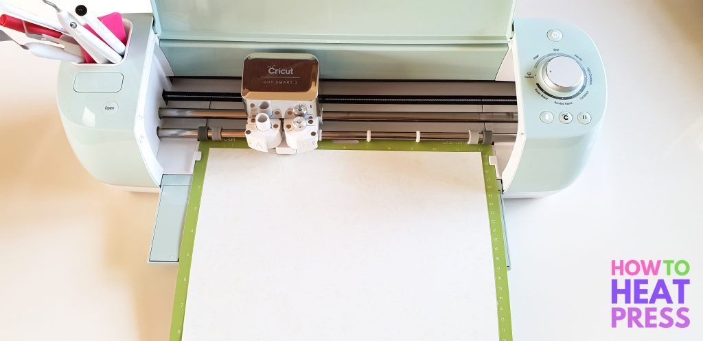 how to cut cricut patterned iron on