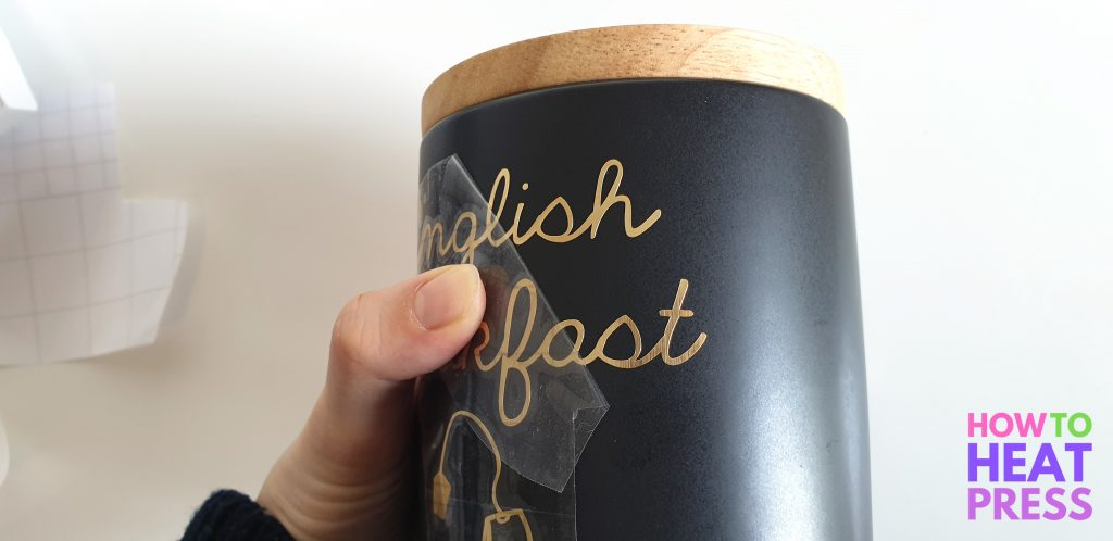 how to make vinyl labels with cricut