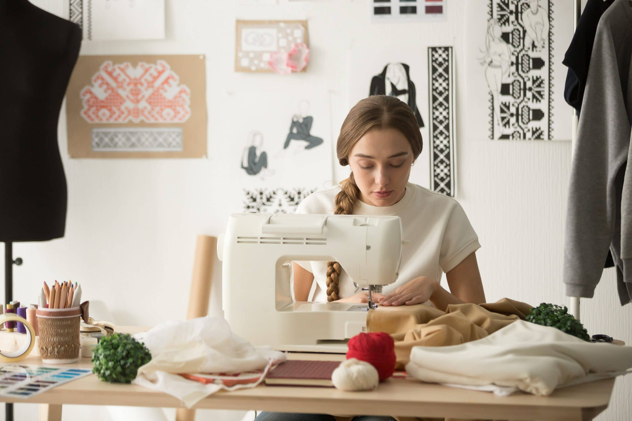 5 Best Janome Sewing Machines - A Janome Buyers Guide!