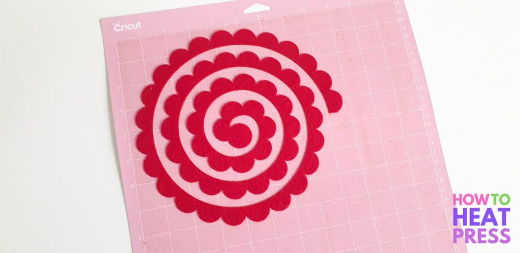 what is the cricut fabric grip mat used for