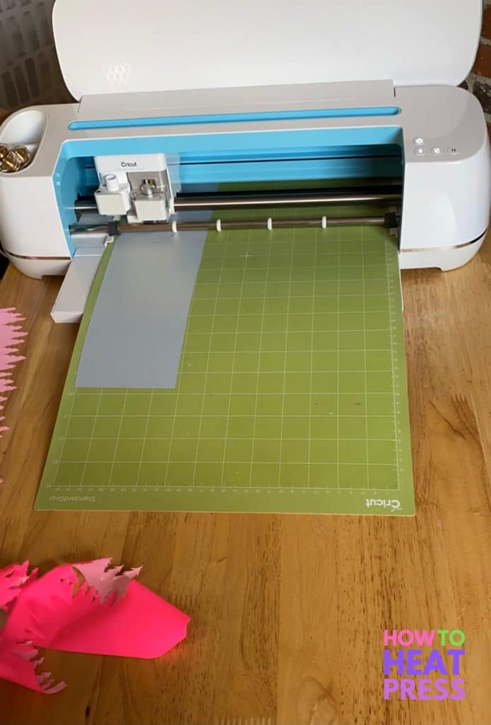 cricut maker cutting htv for layering htv project